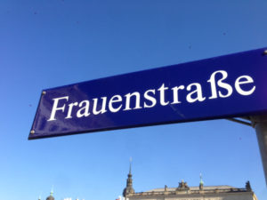 frauenstrac39fe